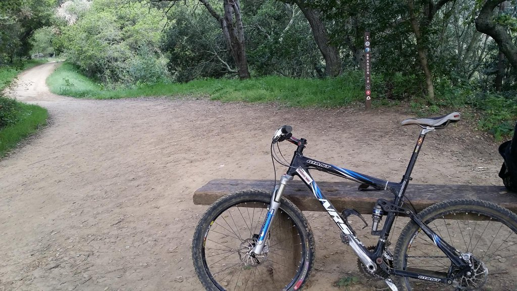 Show us a picture of your 26er MTB that you still use on the trails-11009183_10205144198078785_5613780970198668741_o.jpg