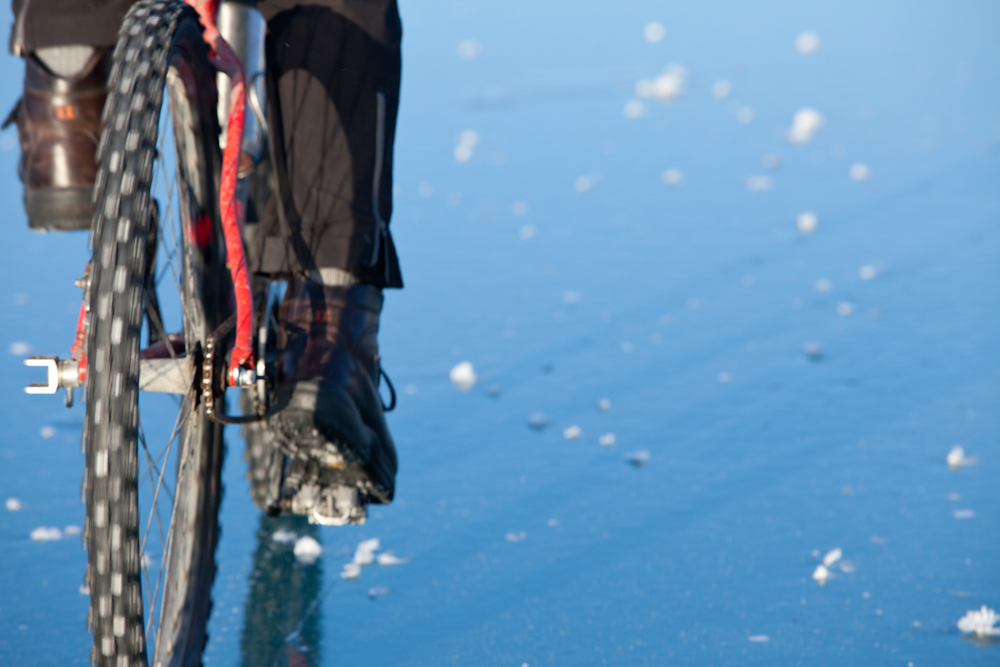 Skinny is the new Fat; ice biking near Seward-110115_ice_bike_004.jpg
