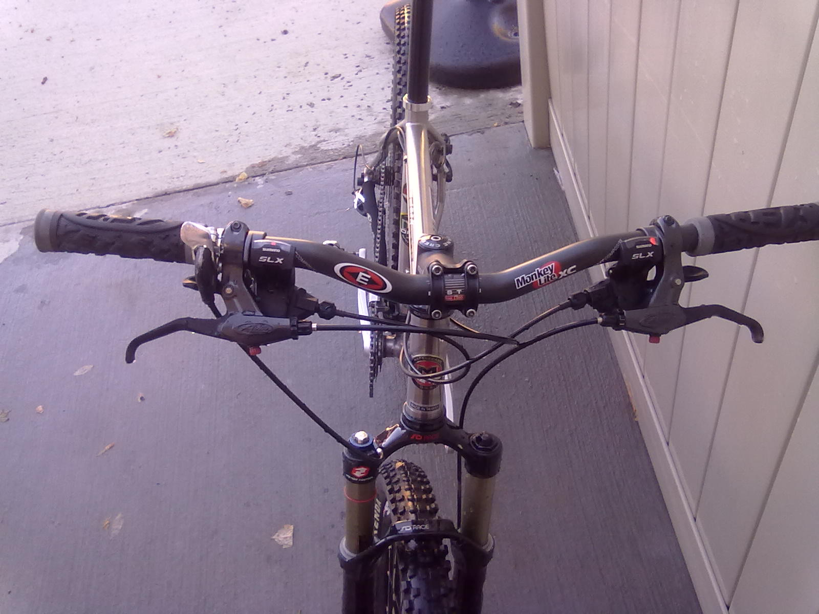 Post pics of your moto.-11012010132.jpg