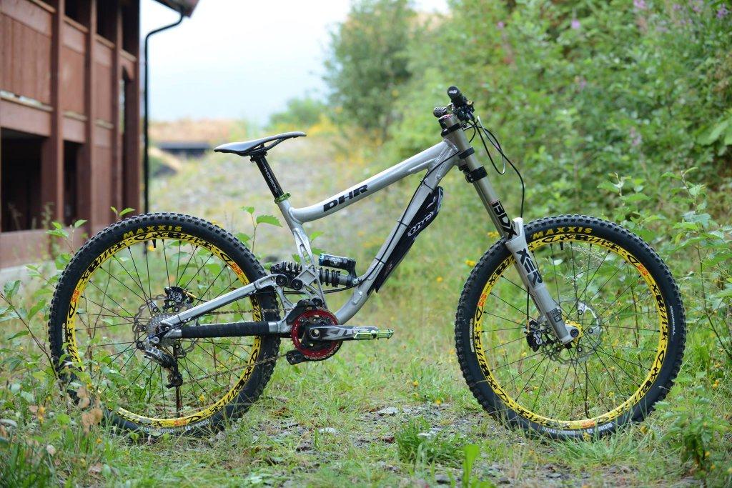 2011 DHR set-ups-1102487_10200879779771366_2118177532_o.jpg