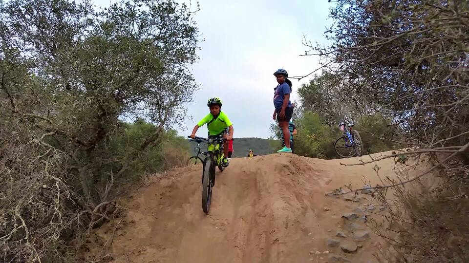 Kid's Mountain or Road Bike Ride Picture Thread-11062779_10207401323179778_6112029839730279762_n.jpg