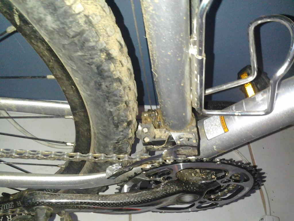 Problem with my rear wheel rubbing on the front derailleur-1118111626.jpg