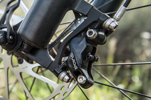 Downgrading from 200mm rotor to 180mm-1165761d1509876789-sram-guide-caliper-bolt-holes-bolts-bcre_140826-1788.jpg