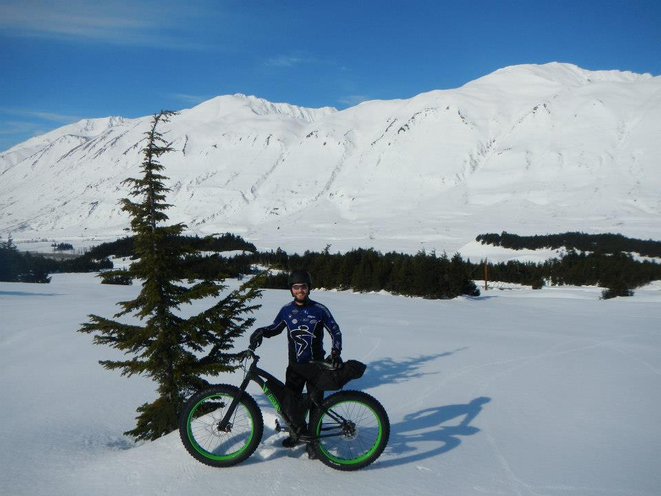 Epic crust riding conditions at Turnagain Pass this morning!-11735_10201043704124320_2052571527_n.jpg