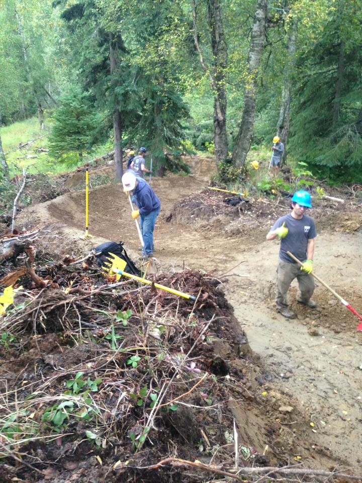 Can Volunteer Mountain Bikers Help The FS Give Trail Users a Better Experience?-1175088_10153205971590366_1196868222_n.jpg