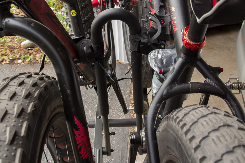 Racks (car) for fat bikes-11_10_2012-1445-.jpg