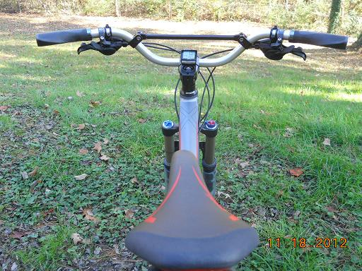 Wider bars and a shorter stem...-12-giant-trance-x2-mx-handlebars-3.jpg