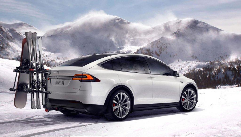 Tesla SUV-12032783_10100997157250718_1880560850416855350_o.jpg