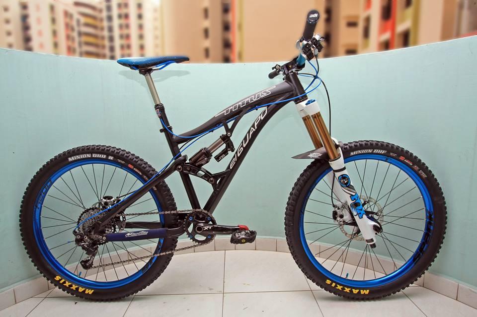 Titus Bike Pr0n-12107076_10206805978001720_7020288929329646123_n.jpg
