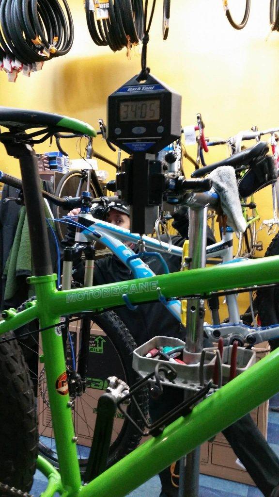 Moto / bikes direct fatbikes!-12458777_10153686264880932_702334799_o.jpg