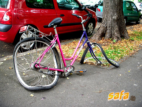 Name:  1271036994_11-most-dangerous-but-super-funny-bike-accidents.jpg Views: 636 Size:  123.0 KB