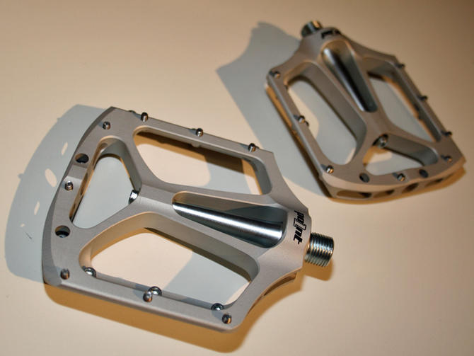 What are your favorite pedals? Not Clipless-1288611280515-1bojzfa3u73a8-670-75.jpg