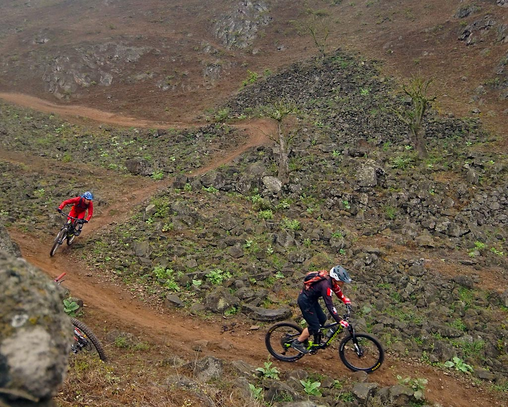 Biking in Peru-12pachaturndsc05801.jpg