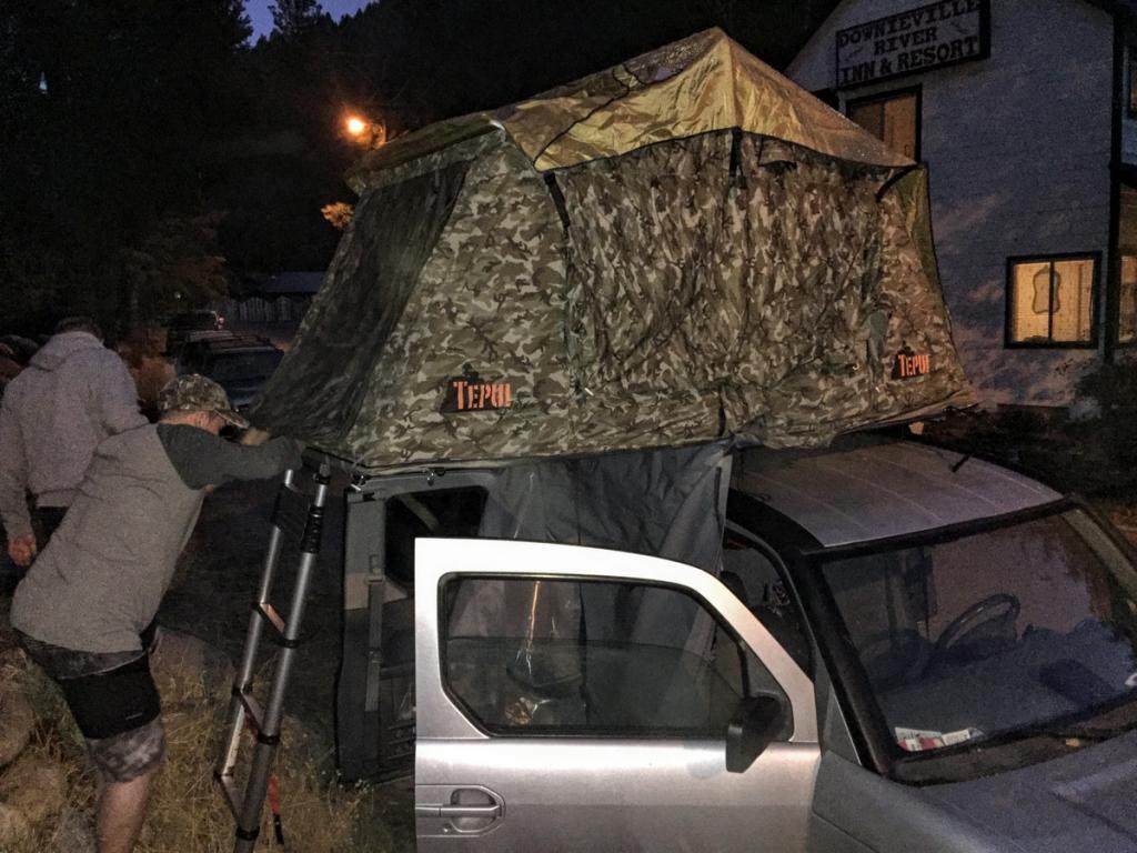 Rooftop tents-13-img_4196.jpg