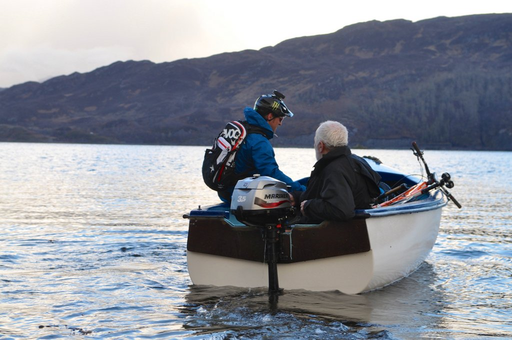Santa Cruz Solo Steve Peat on Boat