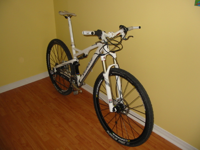 Makeover of the Epic Comp 29er in full white-130-3099_img.jpg