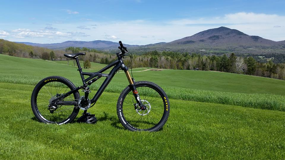 Show us a picture of your 26er MTB that you still use on the trails-13239247_10153645283044639_447219136910257544_n.jpg