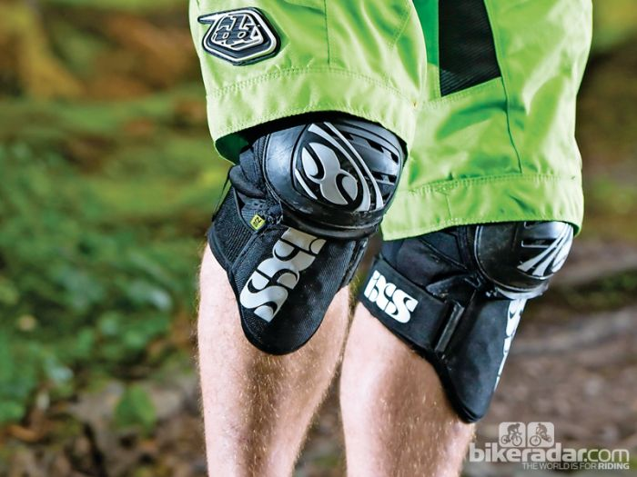 Help with Knee pads/guards and size ??-1385137946779-4d3o06ydfrbg-700-80.jpg