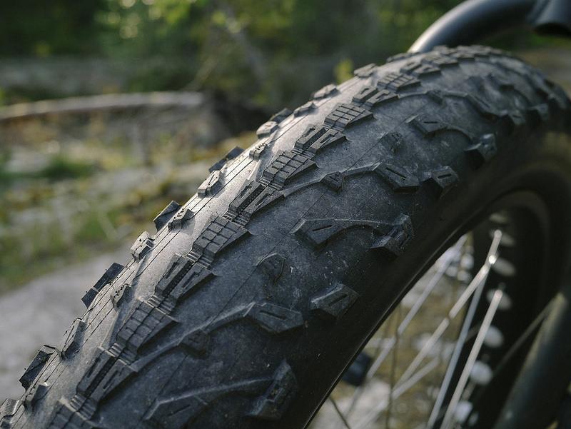 Maxxis Mammoth fat tyre-14287858933_5c5ccec5fc_c.jpg