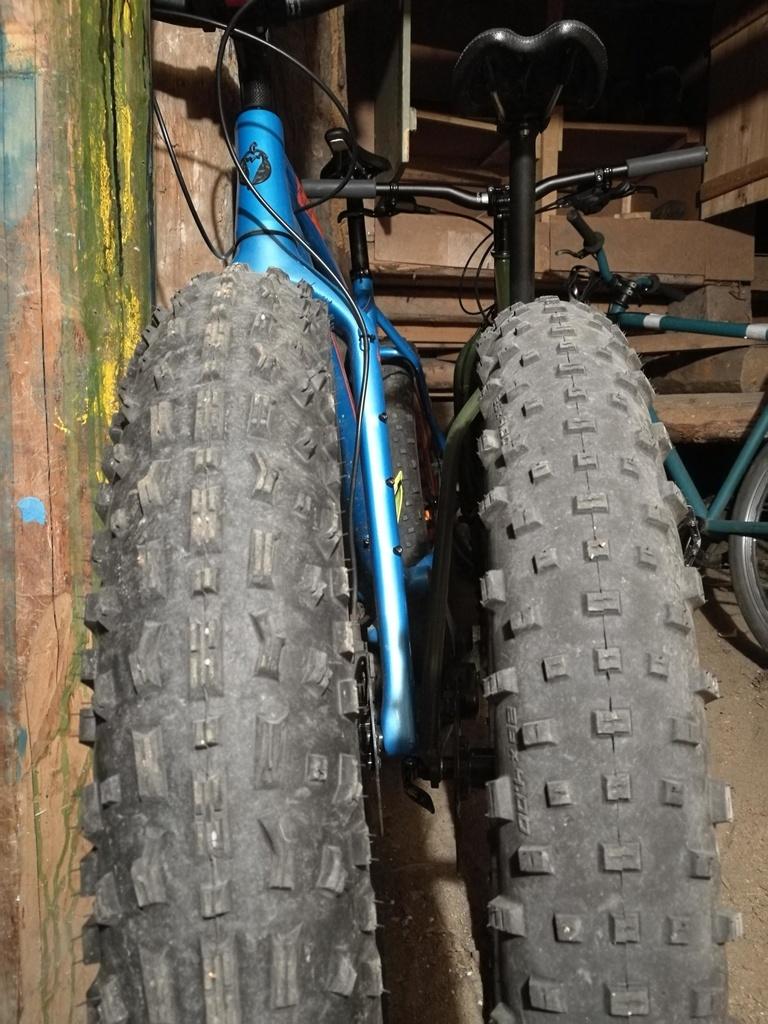 Fat Bike Rim vs Tire Size-14593164.jpg