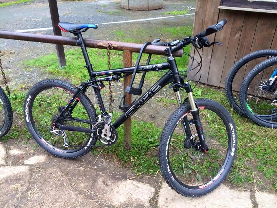 Sad Bikes-15055777_10153968647061087_3265941132224604737_n.jpg