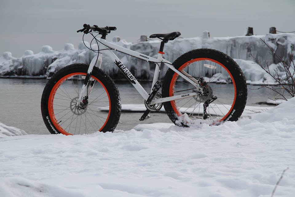 The Minnesota 1.0 and 2.0 Fatbikes- Mtbr.com