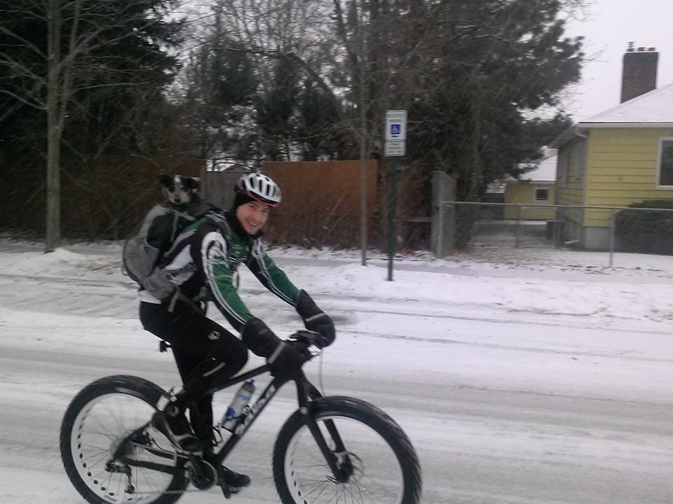 Favorite Winter/Fat Bike Ride Backpack?-1530576_10151843036046795_1354512471_n.jpg