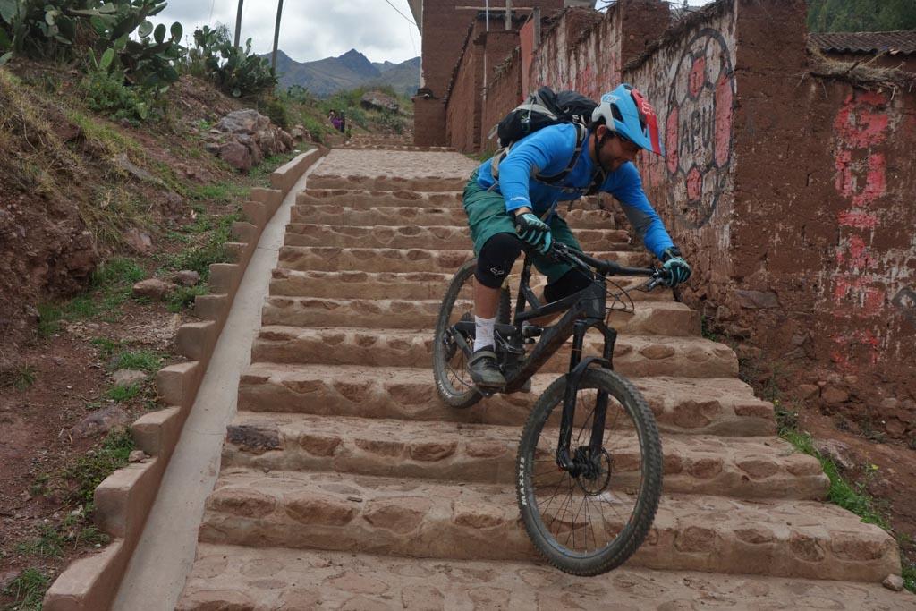 Biking in Peru-15lares-parcco-stairsdsc00240.jpg