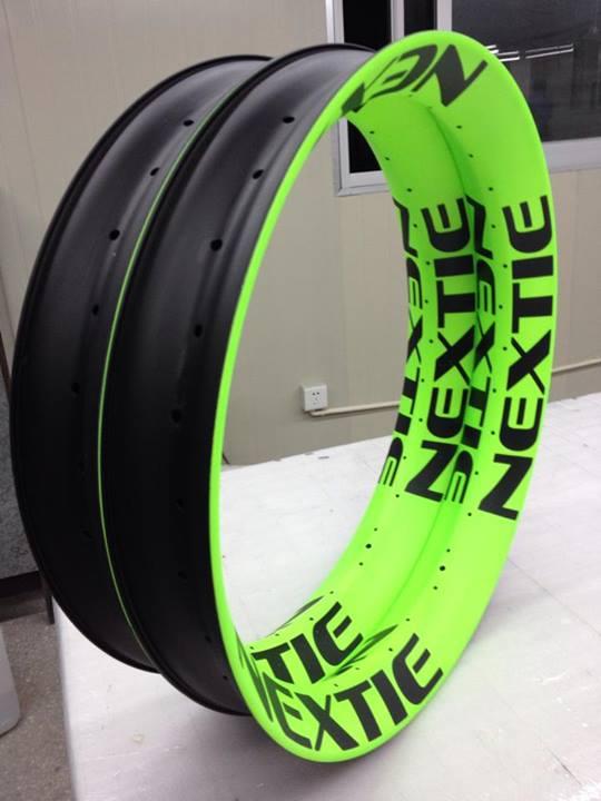 Nextie-Bike carbon rims-1613865_1506597286227154_4430039141418442337_n.jpg