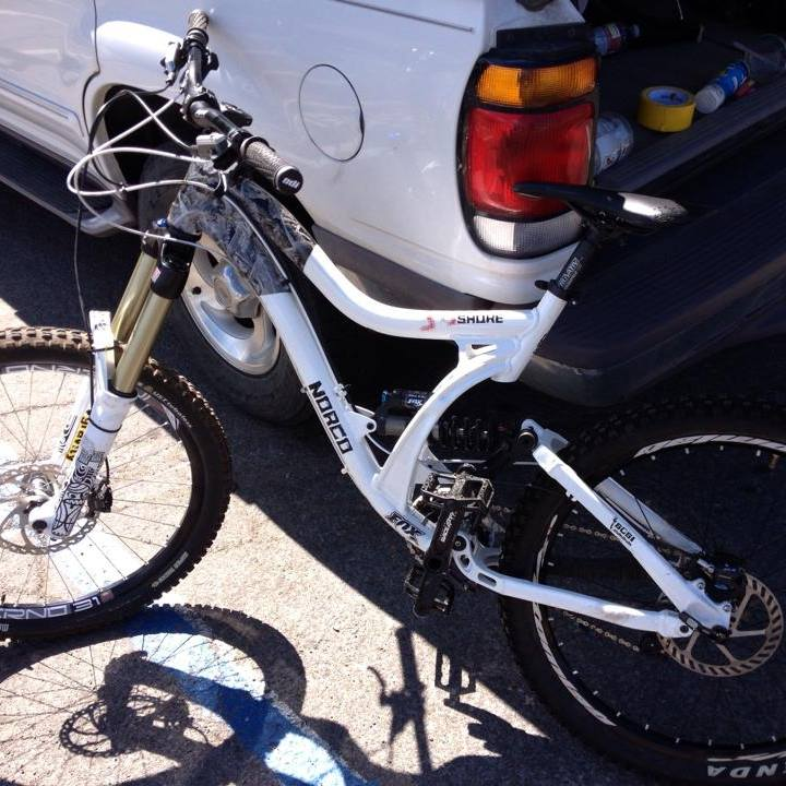 What Does your DH Bike Weight? Post' em Up ! !-1623728_707460172607060_663134190_n.jpg
