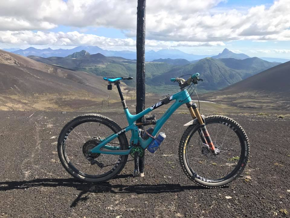 Post Pictures of your 27.5/ 650B Bike-16265715_963847067050369_6870767353382094475_n.jpg