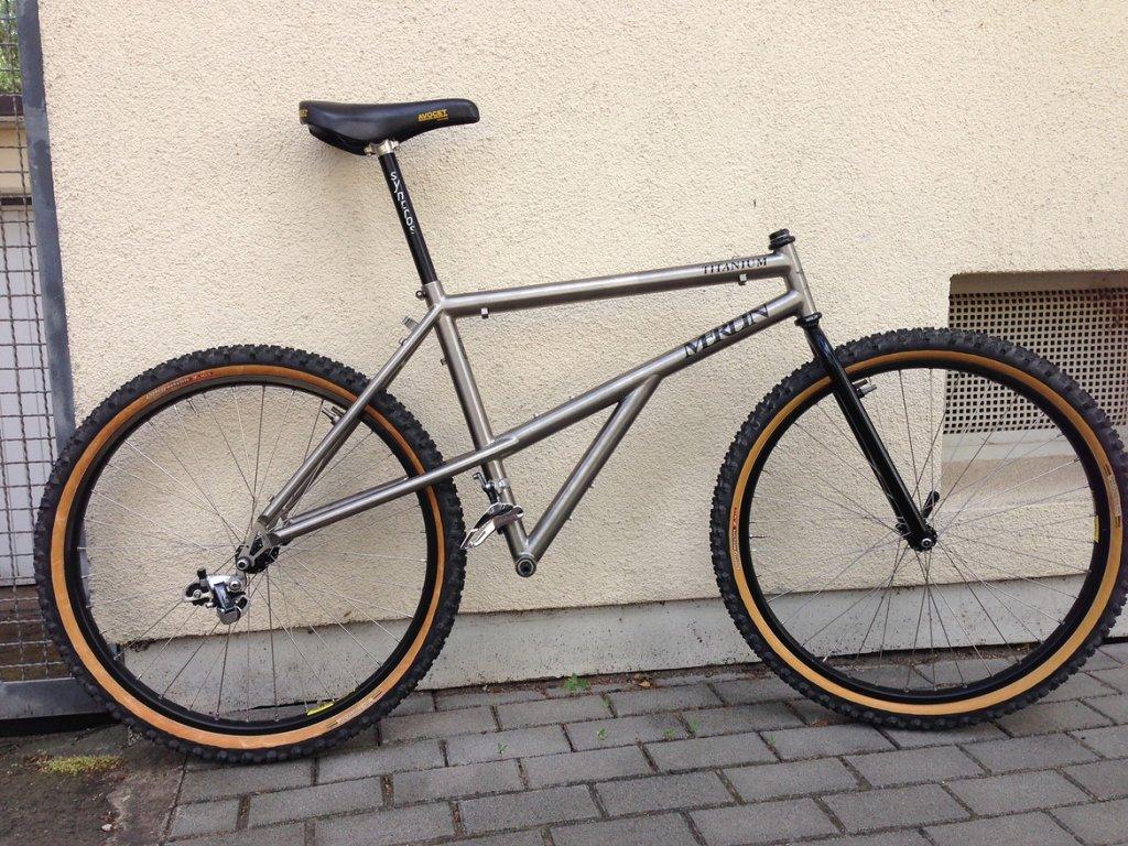 Vintage e-stay bikes-1648591-rcuf0pvev8fm-foto-large.jpg