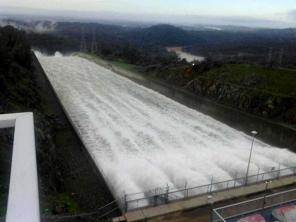 OT: The Oroville Reservoir situation-16650730_10211839722499371_1982167953_o.jpg