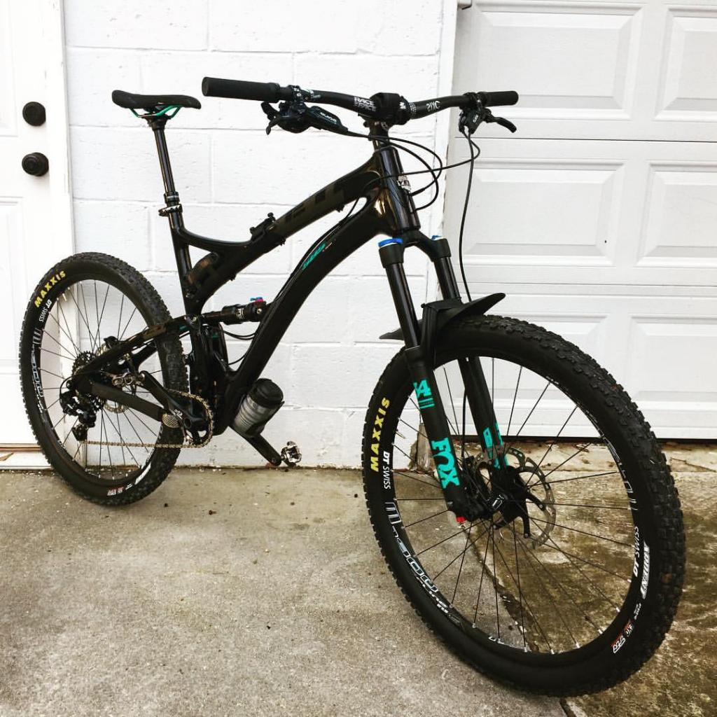 Post Pictures of your 27.5/ 650B Bike-16700465_10208448094255677_5547934990952706978_o.jpg