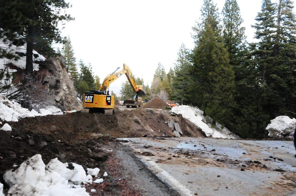 Photo assignment: Trail and land destruction in NorCal.-16722392_1426680294023033_1555811997230449344_o.jpg