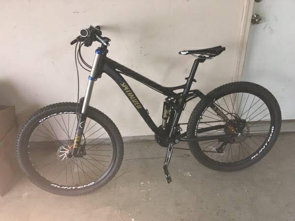 What the heck is this old bike?-17522646_10155180453449529_1406381846257552680_n.jpg