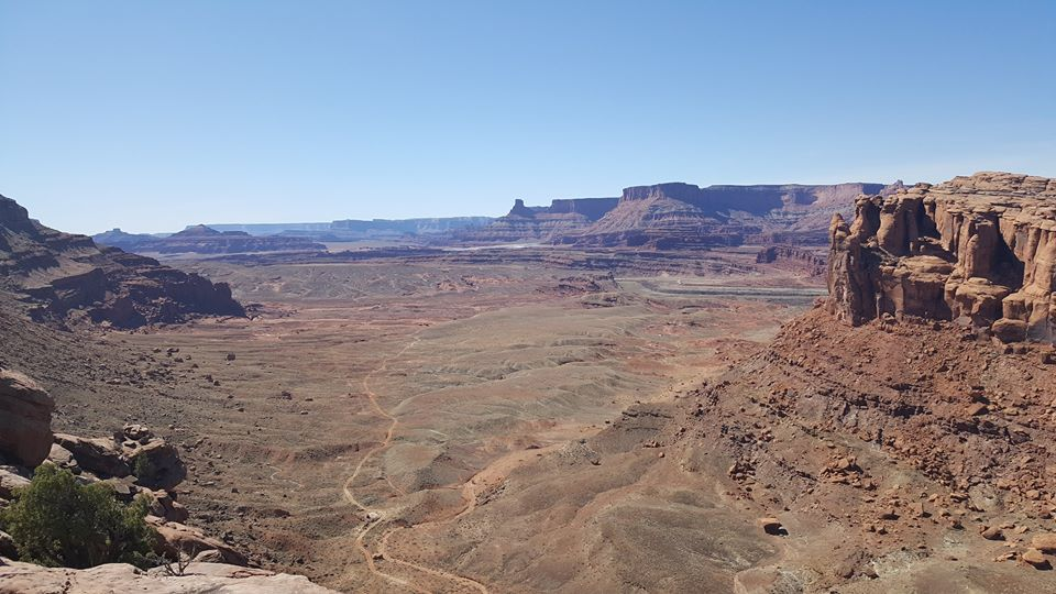 Moab with Lance Canfield....-18199466_10211945632296824_4109302810410161403_n.jpg