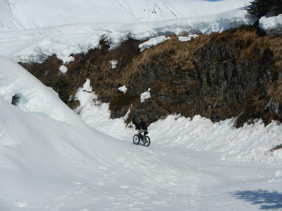 Epic crust riding conditions at Turnagain Pass this morning!-183188_10201043708124420_1765955854_n.jpg