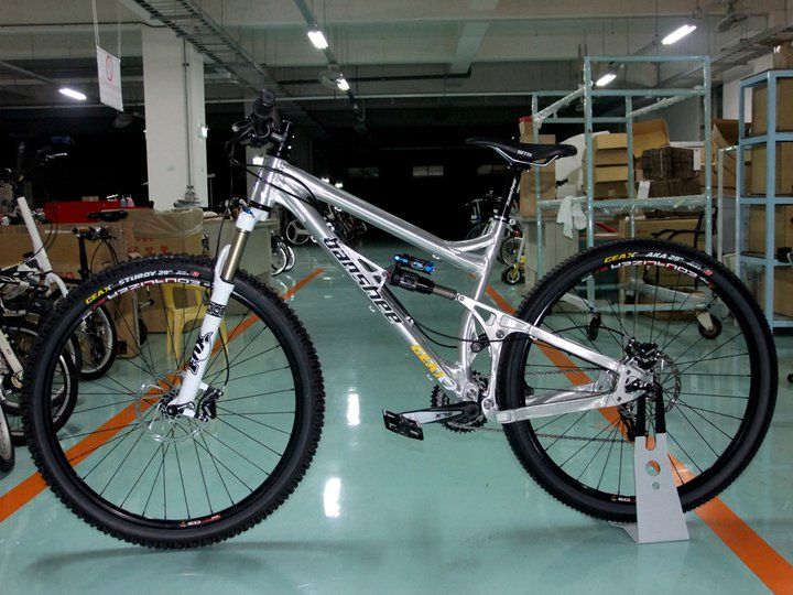 29er Full Suspension for Clydes-189970_156661977725815_1490382_n.jpg