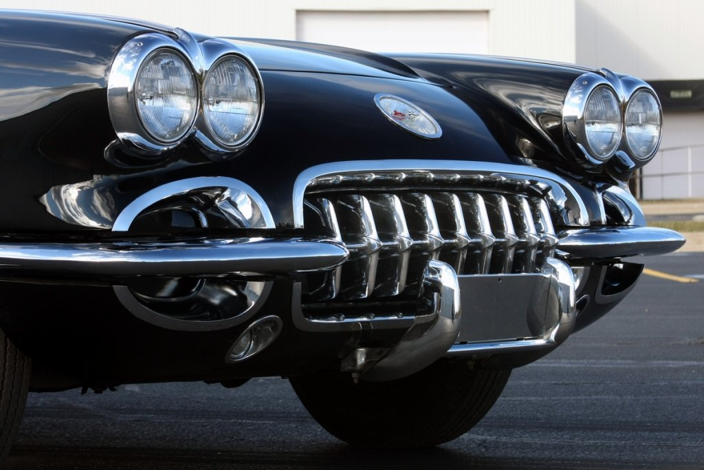 """Your Favorite Car Of Your Birth Year""-1960_corvette_black_8.jpg"