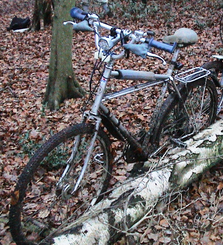 "29""ers history : Ross Schafer ?-1981-700c-cleland-cross-county-bicycle.jpg"