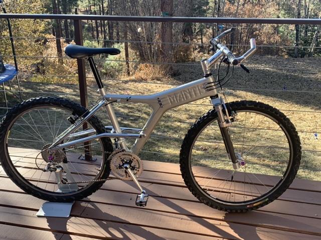 Vintage e-stay bikes-19e7373d-3aee-4326-b170-37963d649b9d.jpeg