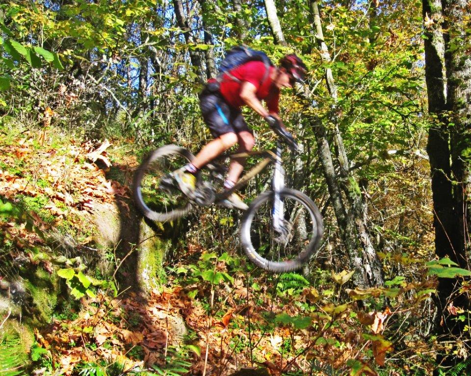 Show us a picture of your 26er MTB that you still use on the trails-1moreair.jpg