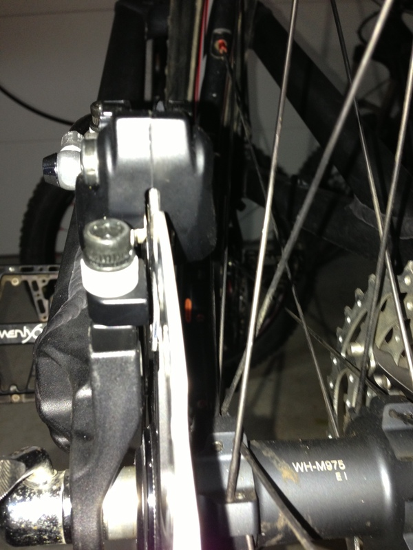 2011 5 Spot rear brake issue-1q2l.jpg