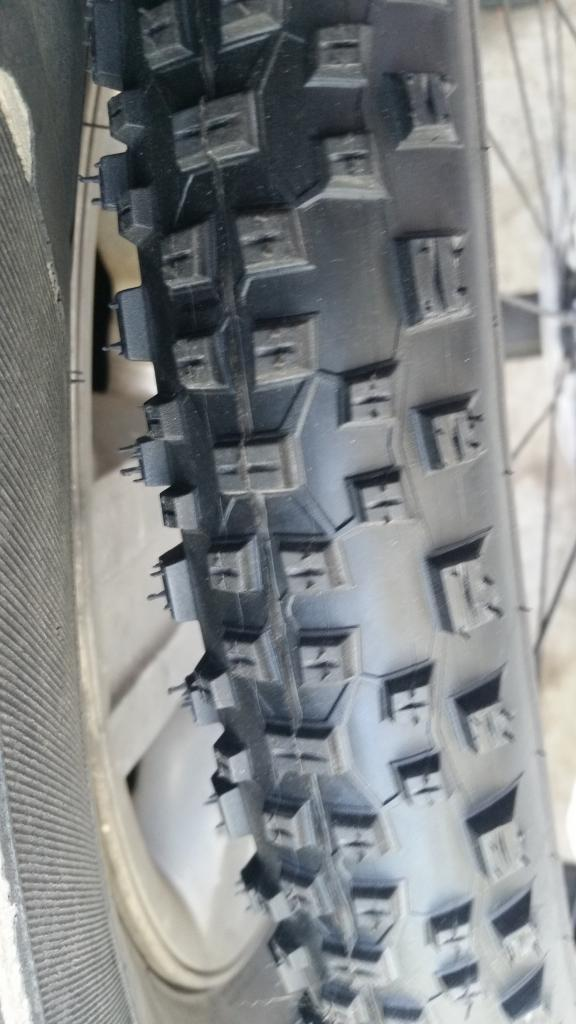"2016 Stan's Rapids tubeless wheels w/2.25"" Racing Ralphs-1tread.jpg"