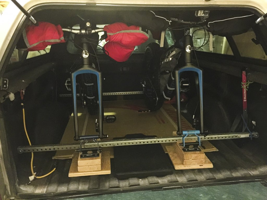 My Truck Rack for transporting fatbikes-2.jpg
