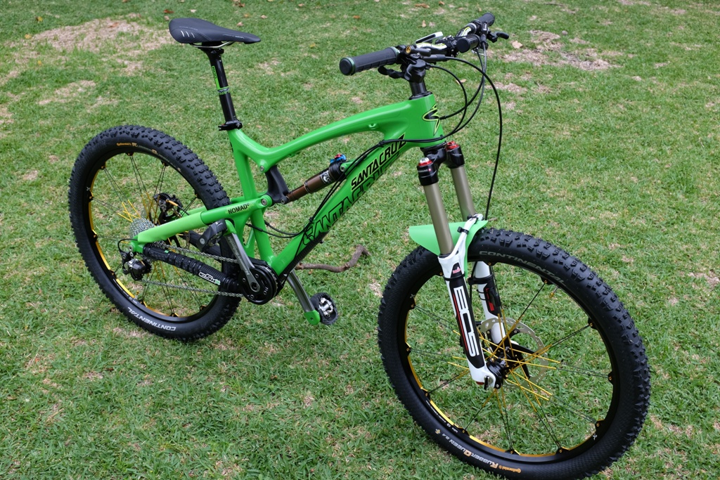 The new 2014 Santa Cruz Nomad 27.5.-2-side-oblique.jpg