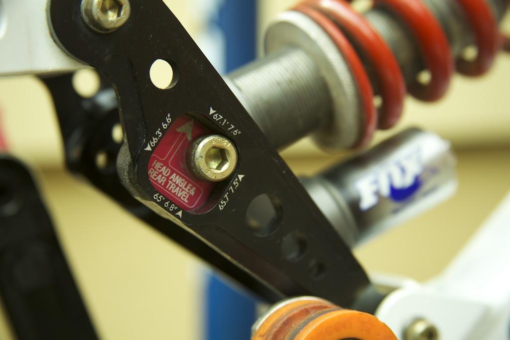 Specialized FSR MAX backbone-2000-fsr-team-dh-s-works-18.jpg