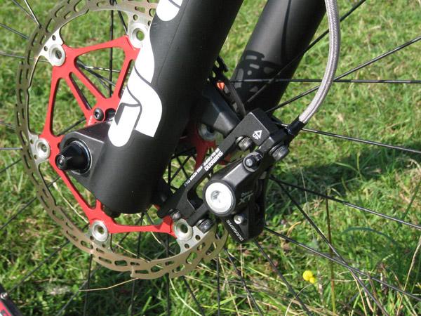 XT brake Squeak: no motion-20080830-helius-am-rotor-01-front-n-caliper-forum.jpg