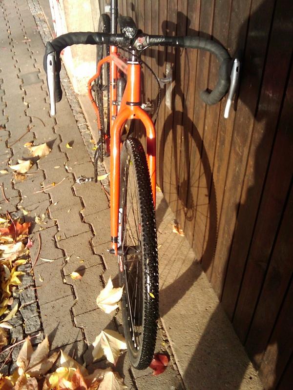 Cyclocross wheels on a mountain bike?-2009-11-04-09.05.08.jpg